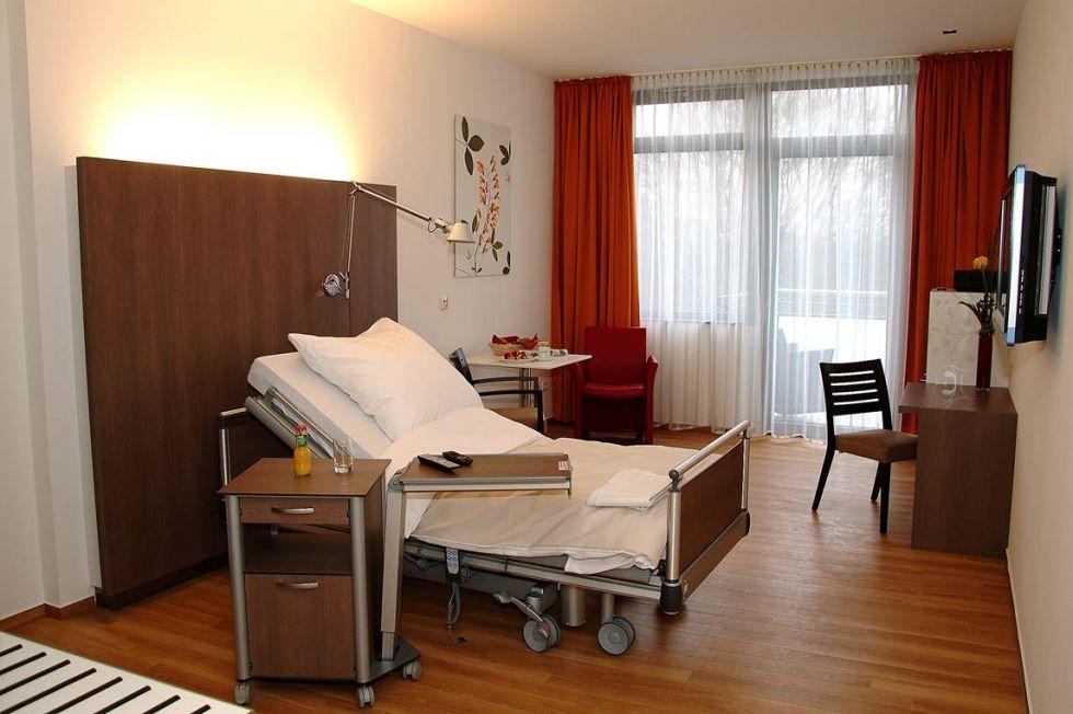 Prof. - Waldemar Uhl - St. Josef-Hospital Bochum, Klinikum der Ruhr-Universität Bochum
