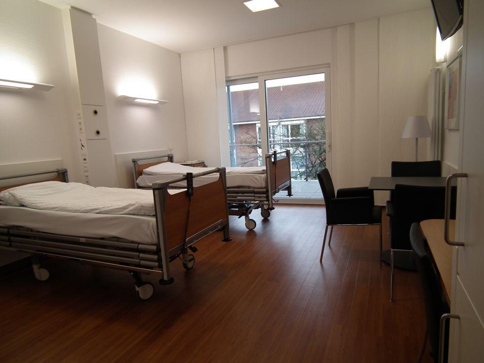 Dr. - Jörn H. Witt - St. Antonius-Hospital Gronau GmbH - Patientenzimmer