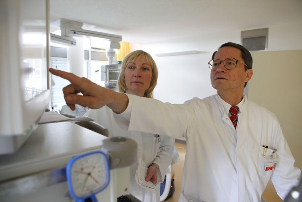 Prof. - Ernst Klar - Universitätsmedizin Rostock - Experte