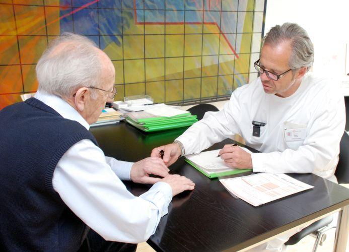 Prof. - Thomas Gasser - Kantonsspital Liestal, Baselland - Beratung