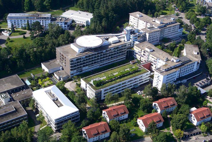 - SRH Klinikum Karlsbad-Langensteinbach gGmbH