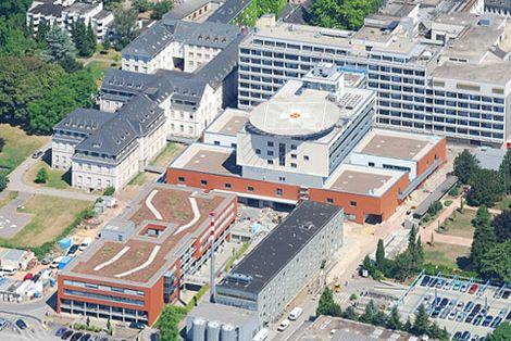 Prof. - Pan Decker - Klinikum Mutterhaus der Borromäerinnen Mitte