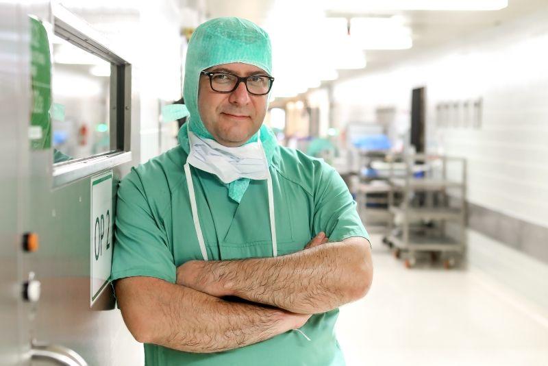 Dr. - Akos Zahar - Dr. med. Akos Zahar - HELIOS Klinikum Emil von Behring GmbH