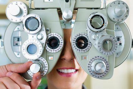 Augen untersuchen