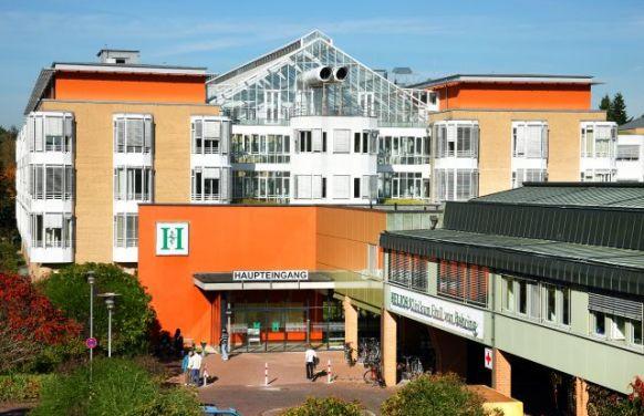 Prof. - Joachim Pfannschmidt - HELIOS Klinikum Emil von Behring GmbH - Außenansicht