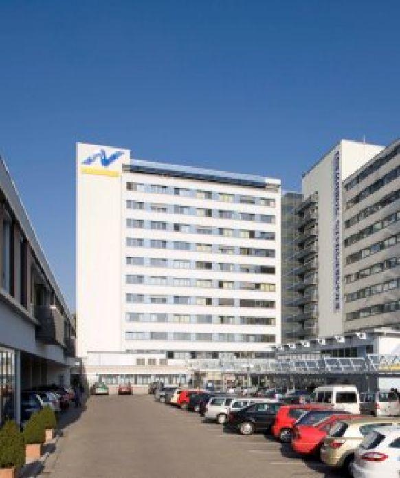 Prof. - Eduard W. Becht - Krankenhaus Nordwest GmbH - Außenansicht