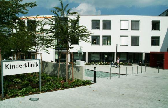 Prof. - Klaus-Michael Debatin - Universitätsklinikum Ulm - Klinikgelände