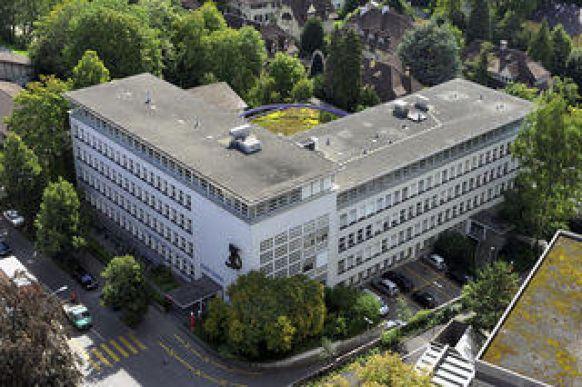Lebenslauf Prof Dr Med Dent Buser In Bern Oralchirurgie A
