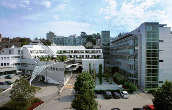Dr. - Andreas Schmelzer - Hirslanden Klinik Aarau