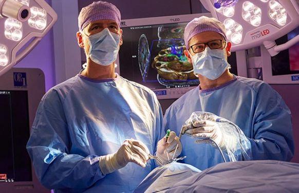 Lebenslauf Prof. Dr. med. Reisch in Zürich – Neurochirurgie